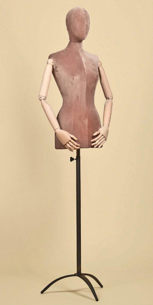 busto-sartoriale-donna-testa-braccia-treppiede-ferro-velluto-rosa-antico