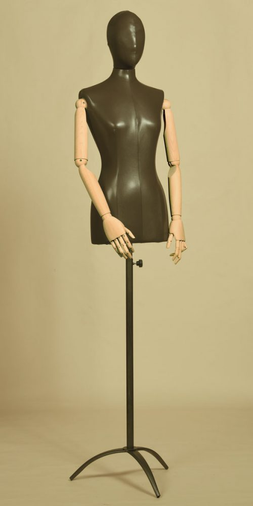 busto-donna-eco-pelle-treppiede-braccia